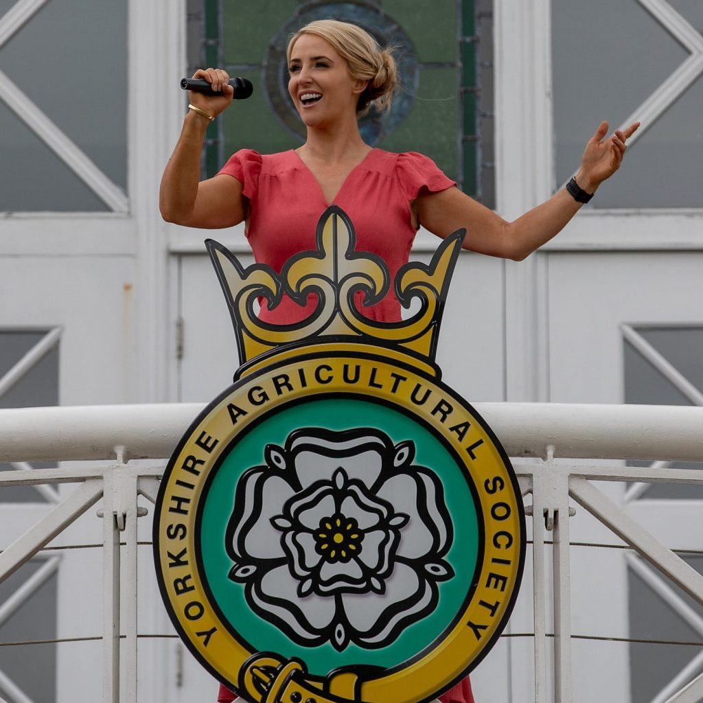 Lizzie Jones warming up ahead of tomorrow's performance
